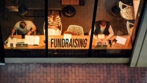 Pros and Cons of Investment Fundraising
